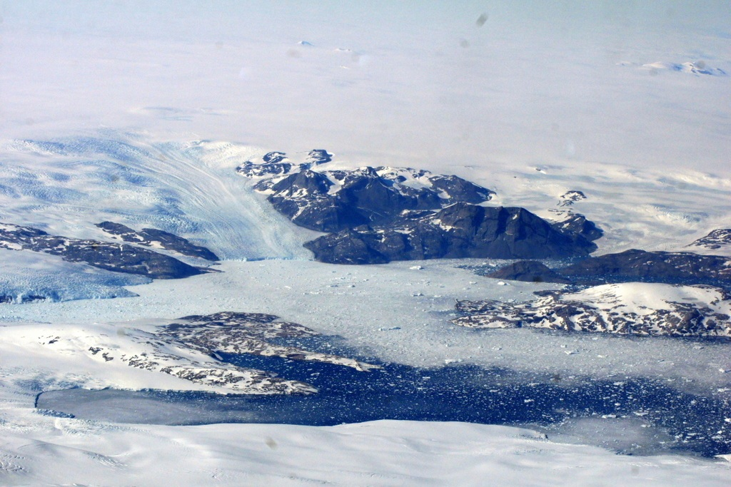 Greenland ice stream and icebergs